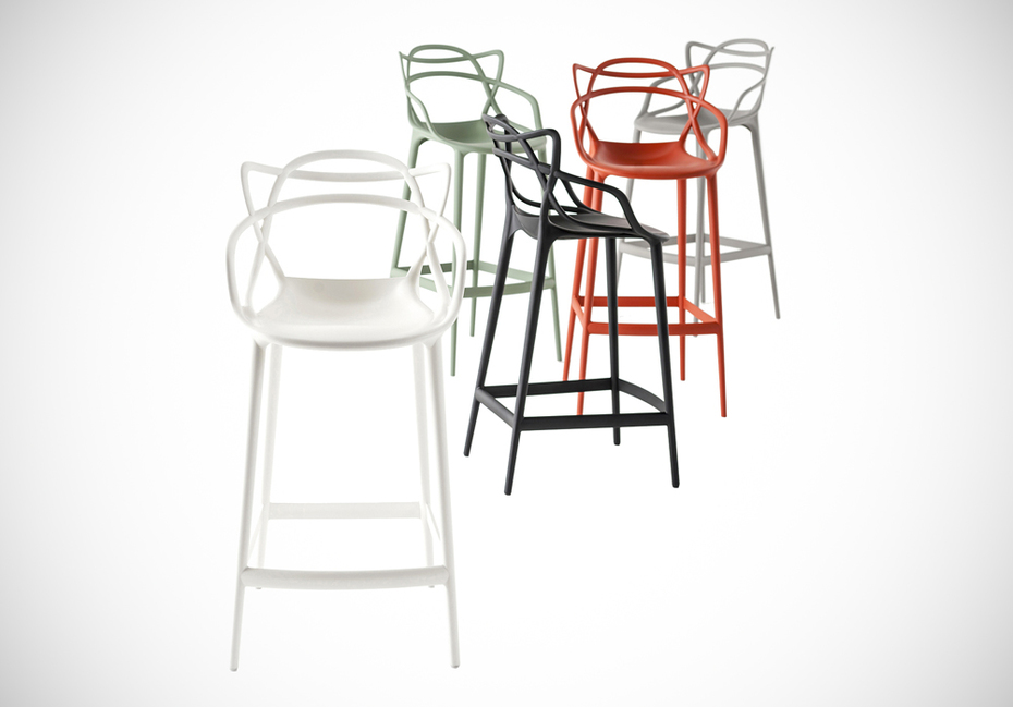 masters stool by kartell design philippe starck con. Black Bedroom Furniture Sets. Home Design Ideas